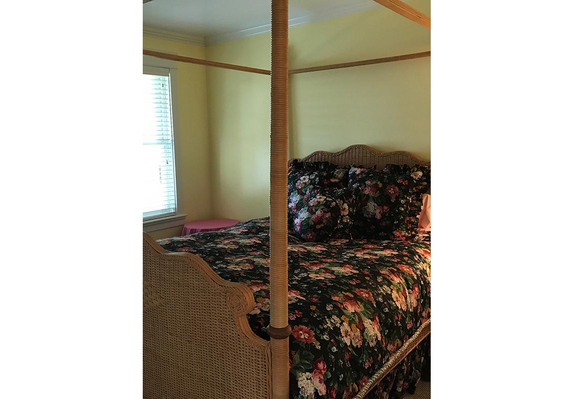 saur-bedroom-3-b-2