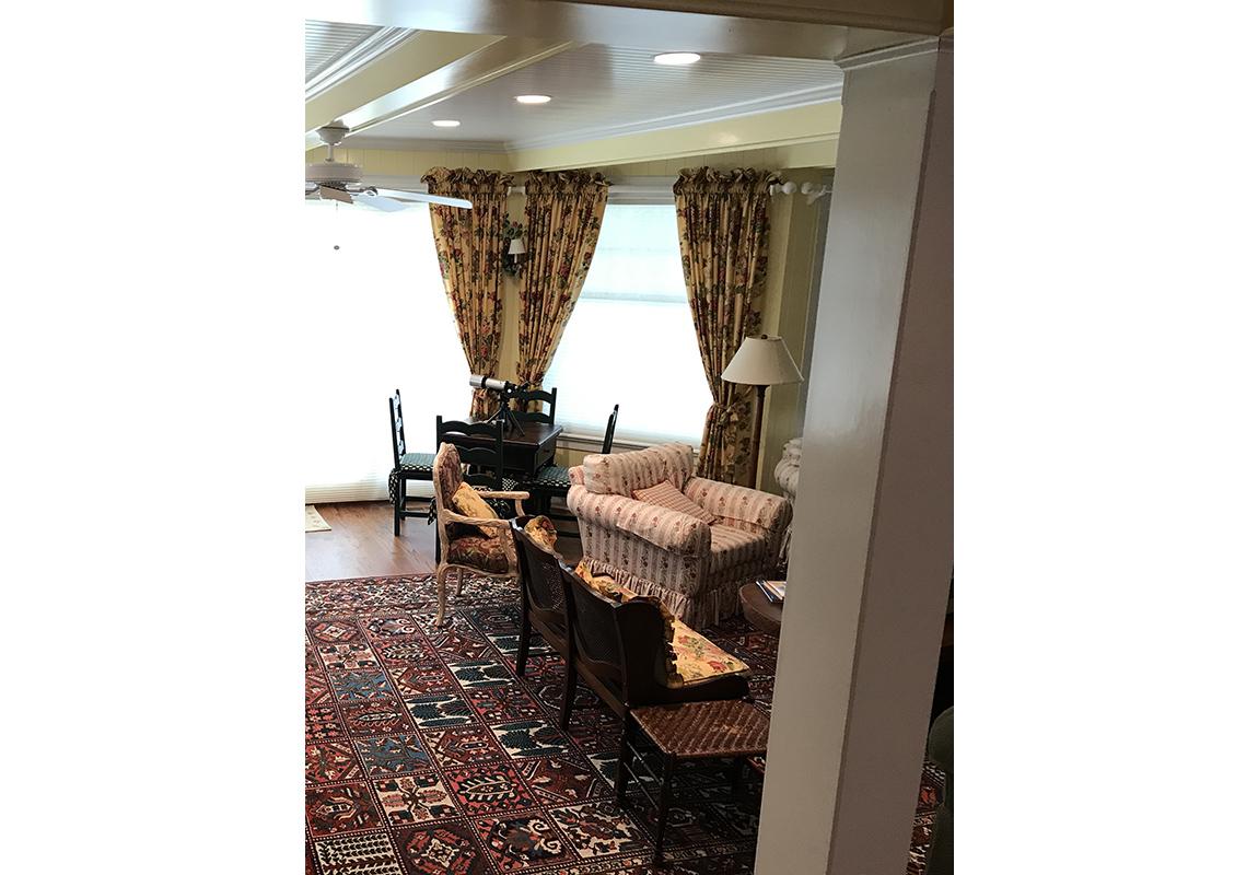 saur-living-room-2-b