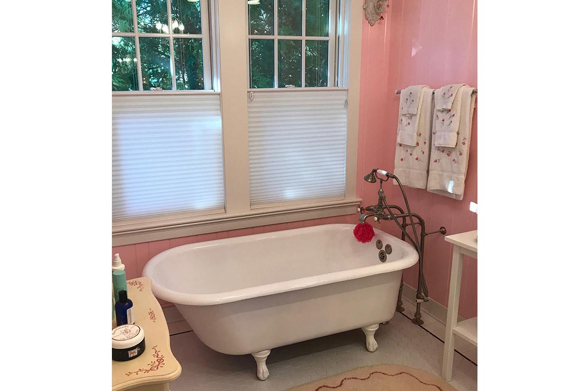 saur-master-bath-1-b-2